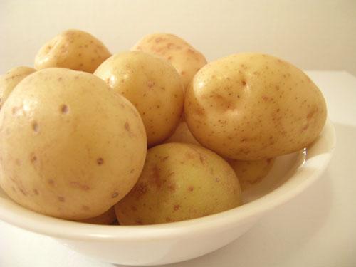 Aardappels in schaal